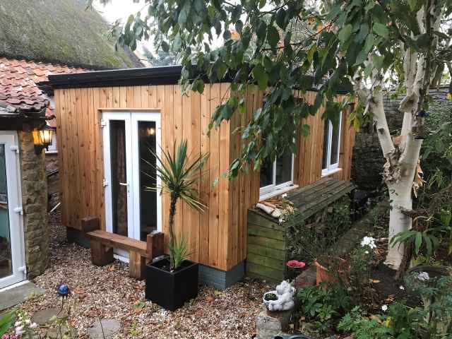 Co2 Timber cedar garden office 95